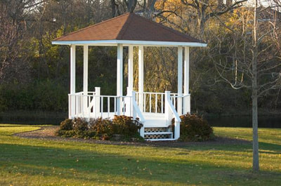 Gazebo at Ft. Harrison State Park Inn